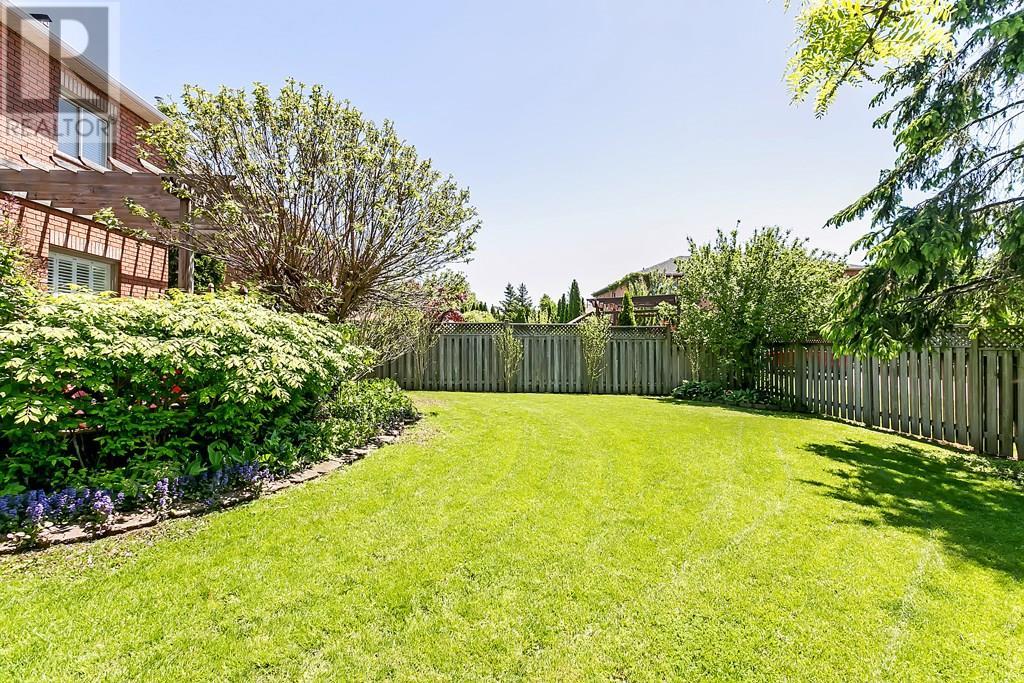 2306 Mowat Avenue, Oakville, Ontario  L6H 6B8 - Photo 25 - 30743210
