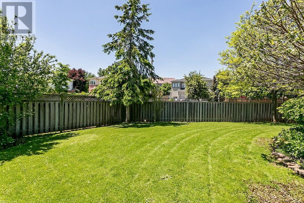 2306 Mowat Avenue, Oakville, Ontario  L6H 6B8 - Photo 26 - 30743210