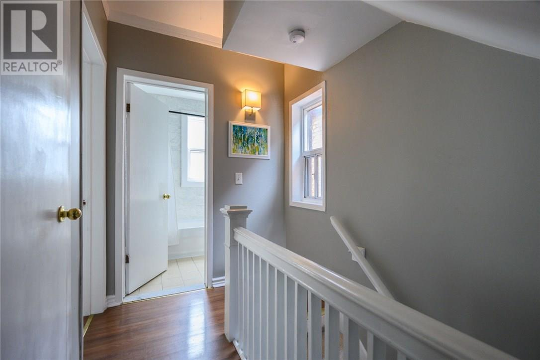 13 Garfield Avenue N, Hamilton, Ontario  L8M 2R5 - Photo 17 - 30746122