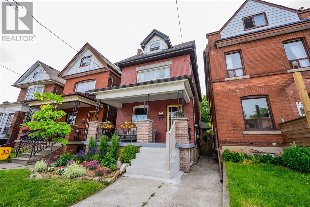 13 Garfield Avenue N, Hamilton, Ontario  L8M 2R5 - Photo 2 - 30746122
