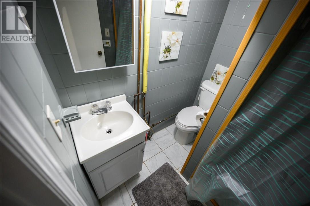 13 Garfield Avenue N, Hamilton, Ontario  L8M 2R5 - Photo 32 - 30746122