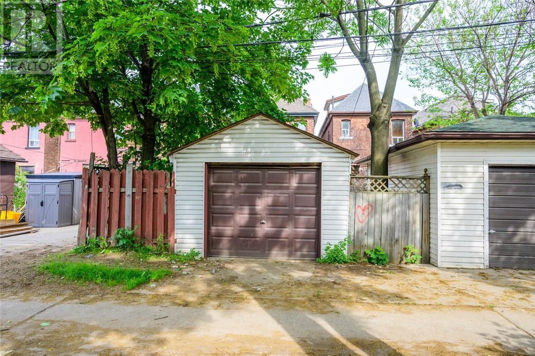 13 Garfield Avenue N, Hamilton, Ontario  L8M 2R5 - Photo 40 - 30746122