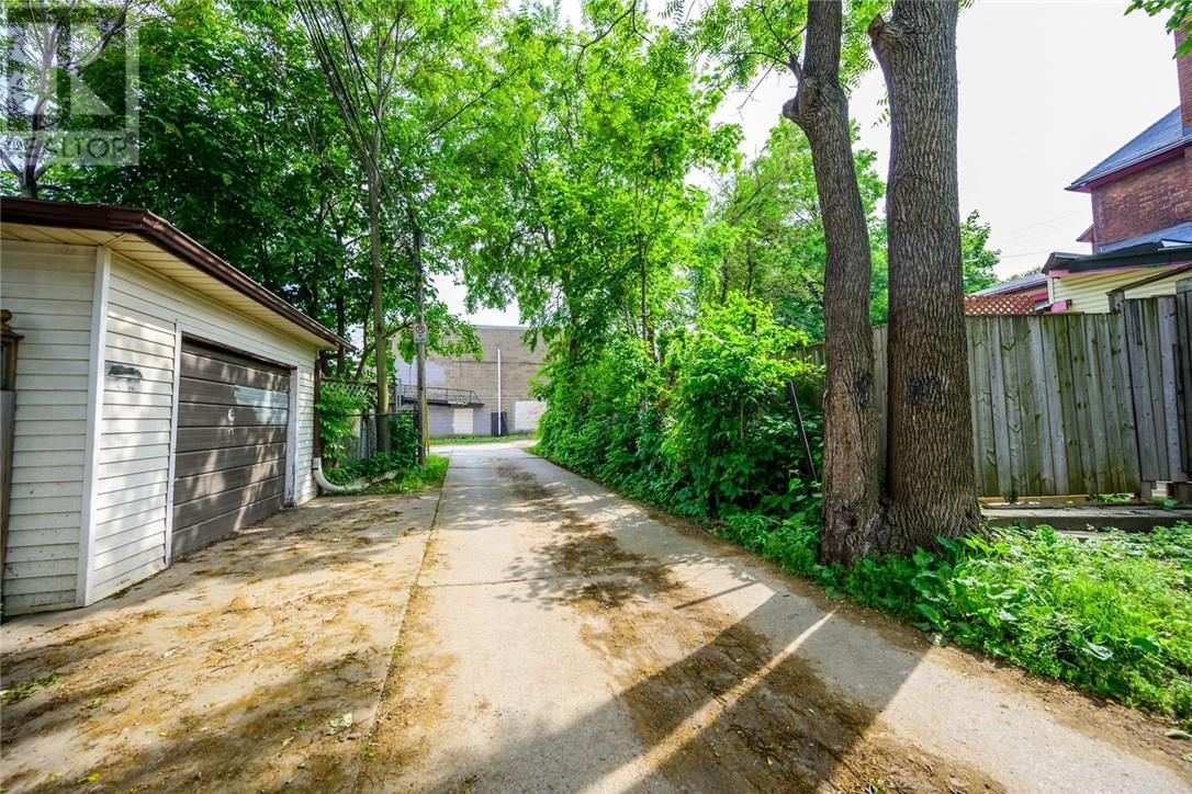 13 Garfield Avenue N, Hamilton, Ontario  L8M 2R5 - Photo 41 - 30746122