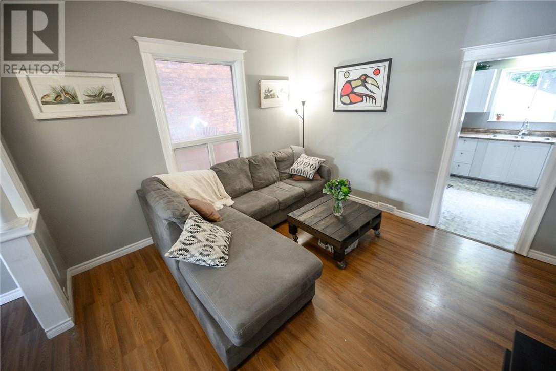 13 Garfield Avenue N, Hamilton, Ontario  L8M 2R5 - Photo 6 - 30746122